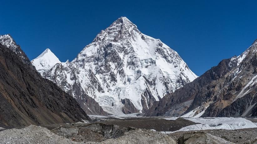Wyprawa na K2: Operator ewakuowany helikopterem
