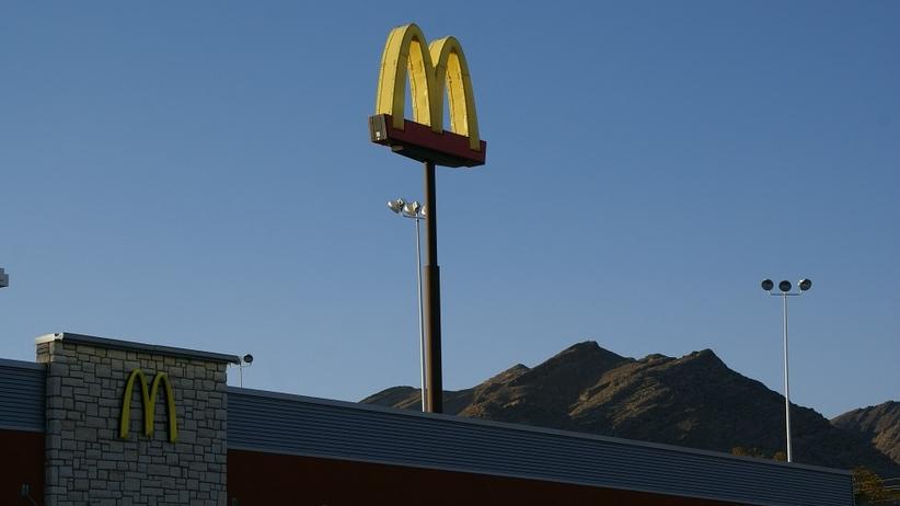 Były pracownik McDonald's publikuje szokujące zdjęcia [FOTO]
