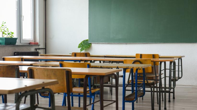 Szkoła zakazała dzieciom przychodzić na lekcje. Powód? Nie zostały zaszczepione