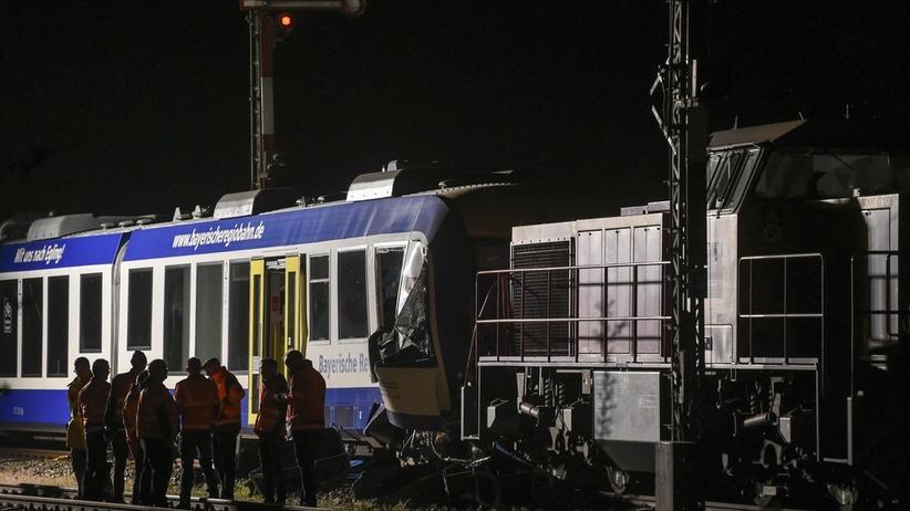 Niemcy: Zderzenie dwóch pociągów w Bawarii