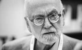 Jürgen Roth nie żyje. Pisał książki z tezą o zamachu w Smoleńsku