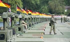 Komandosi Bundeswehry mieli pokazywać hitlerowskie pozdrowienie. Sprawę bada prokuratura