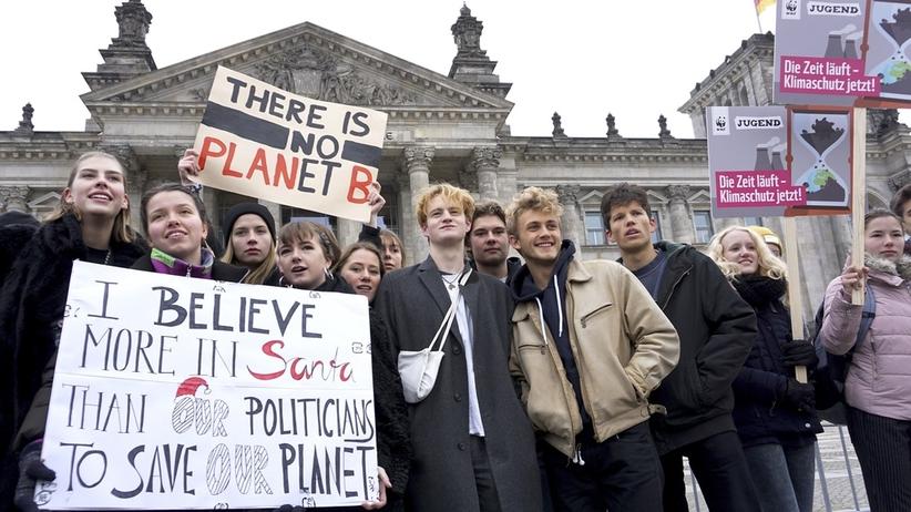 """Uczniowie protestowali przeciwko polityce klimatycznej. """"Być może nie mamy przyszłości"""""""