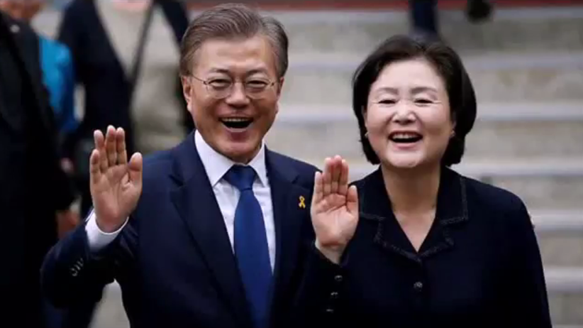 """Nowy prezydent Korei Południowej chce przywrócić """"gorącą linię"""" z Pjongjangiem"""