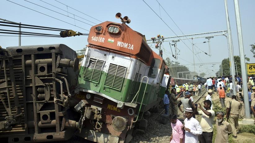 Wypadek kolei. Są ofiary śmiertelne