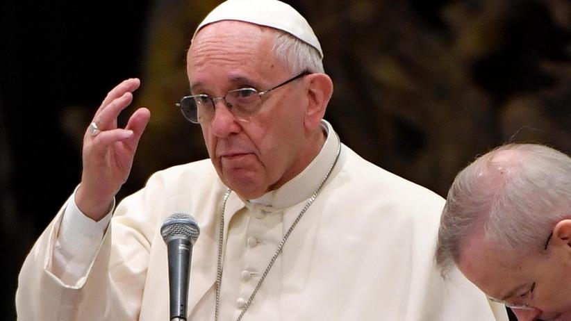 """Papież Franciszek w mocnych słowach: """"tylko egoista niszczy naturę"""""""