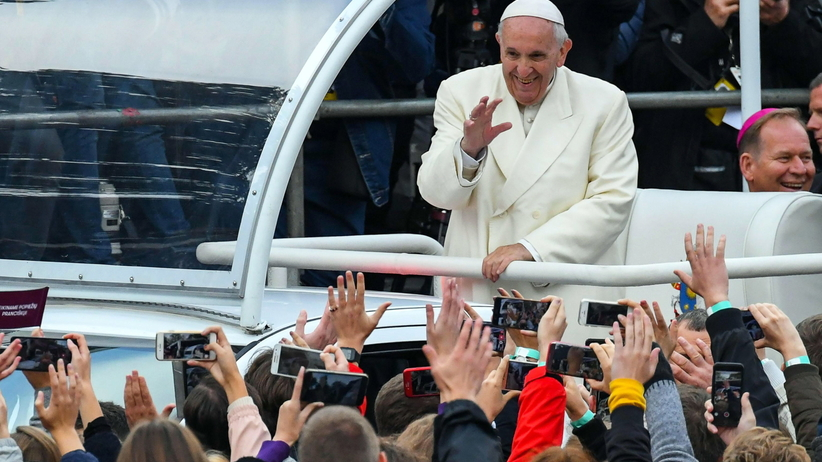 Papież Franciszek rozpoczął pielgrzymkę na Litwie