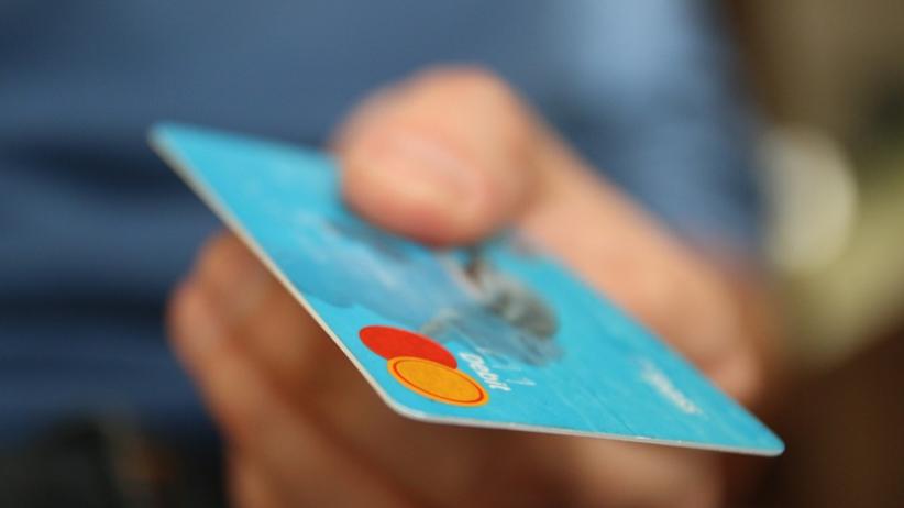 Płacisz kartą za granicą? Szykują się zmiany
