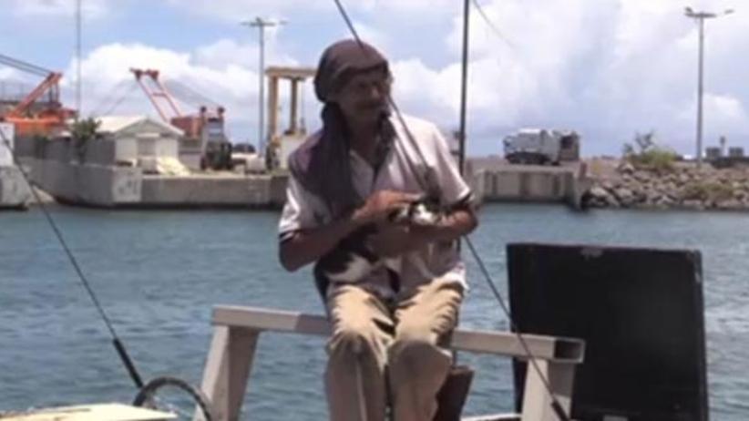 Polak przez 7 miesięcy dryfował na Oceanie Indyjskim w towarzystwie kota [WIDEO]