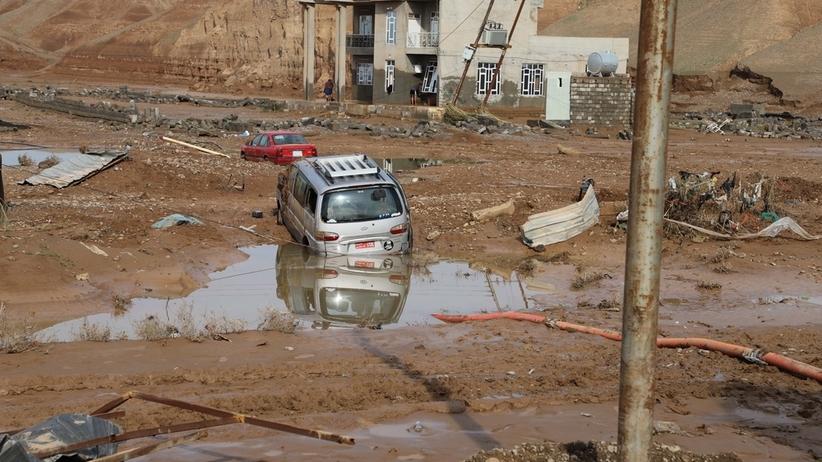 21 ofiar powodzi w Iraku. Tysiące ludzi bez dachu nad głową