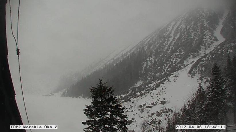 W Tatrach wróciła zima. Na Kasprowym prawie metr śniegu