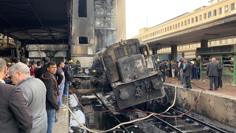 Kilkadziesiąt osób nie żyje. Tragiczny bilans pożaru na dworcu kolejowym