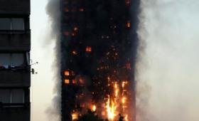 Brytyjska straż pożarna: są ofiary śmiertelne pożaru wieżowca