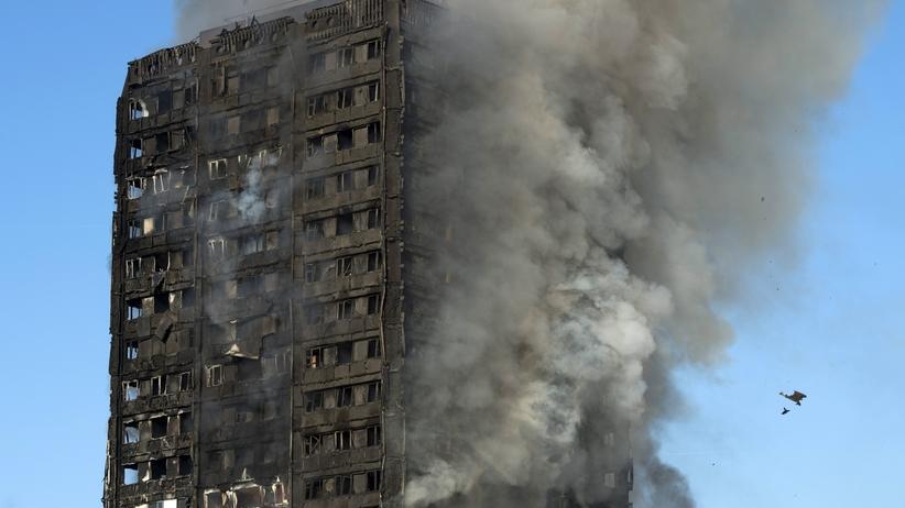 Ludzie krzyczeli: pomóżcie nam. Wstrząsające relacje świadków pożaru w Londynie