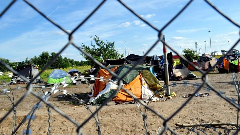 Bruksela grozi karami za nieprzyjmowanie uchodźców. Co czeka Polskę?