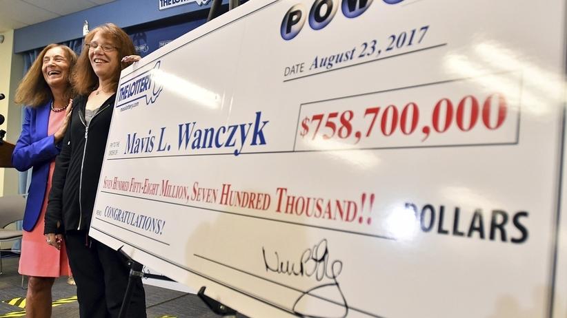 Rekordowa wygrana w loterii w USA. Kobieta zgarnęła ponad 785 milionów dolarów!