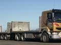 Wypadek w RŚA. Przeładowana ciężarówka przewróciła się. Wielu zabitych