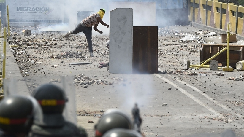 """Rosja ostrzega USA. """"Zrobimy wszystko, by zapobiec interwencji wojskowej w Wenezueli"""""""