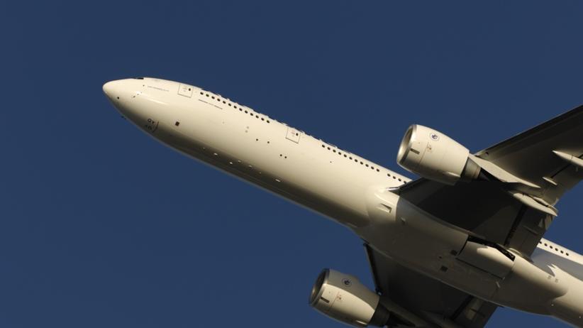 Awaryjne lądowanie Boeinga. W kabinie pojawił się dym