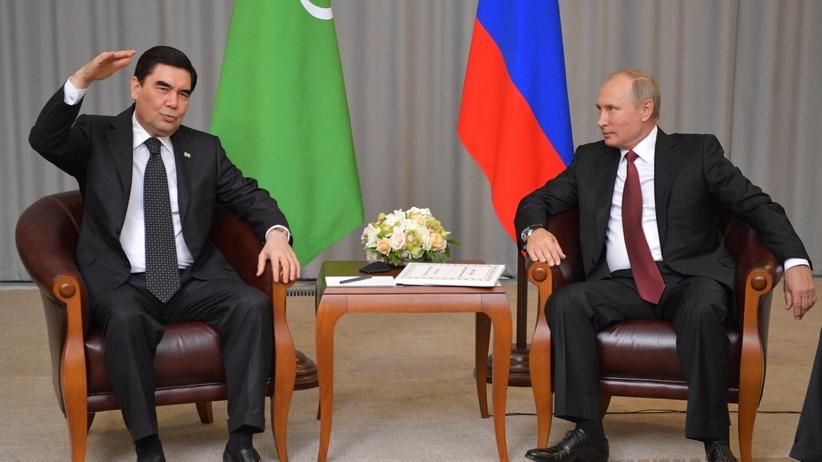 Rosja: Władimir Putin dostał wyjątkowy prezent od prezydenta Turkmenistanu