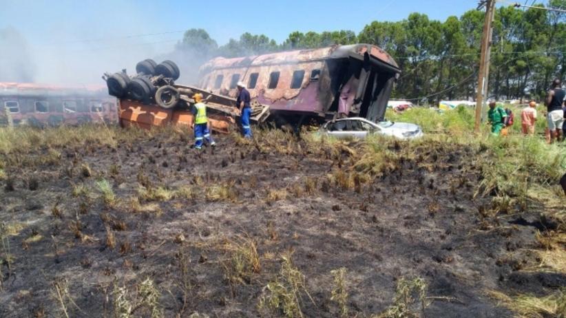RPA: Tragiczny wypadek pociągu. Setki osób rannych