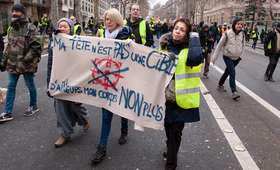 """Premier Francji: skazano prawie 1800 """"żółtych kamizelek"""""""