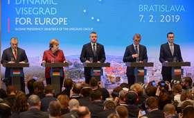 Szczyt Grupy Wyszehradzkiej z udziałem kanclerz Niemiec. Tematami Brexit, relacje z USA i migracja