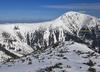 Wiatr zdmuchnął turystów ze Śnieżki. To cud, że żyją
