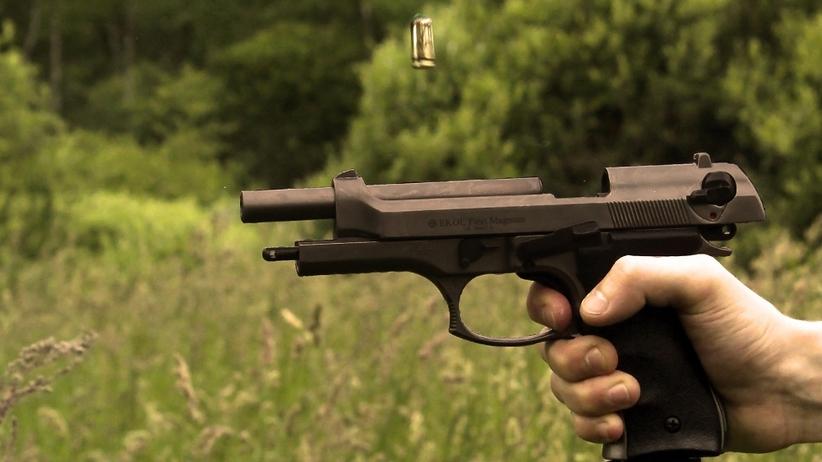 Brytyjskie media: władze USA muszą rozważyć ograniczenie dostępu do broni