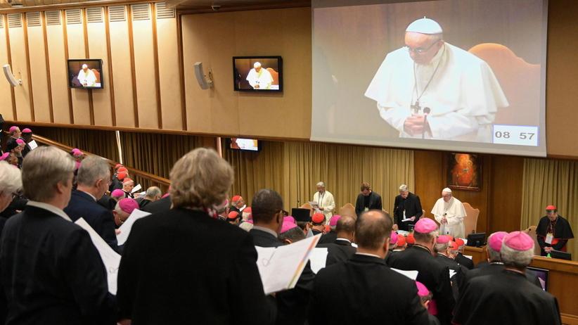 Rozpoczął się szczyt poświęcony walce z pedofilią w Watykanie [WIDEO]