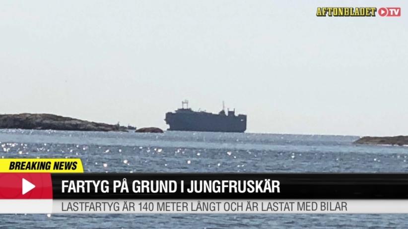 Szwecja. Statek przewożący samochody osiadł na mieliźnie