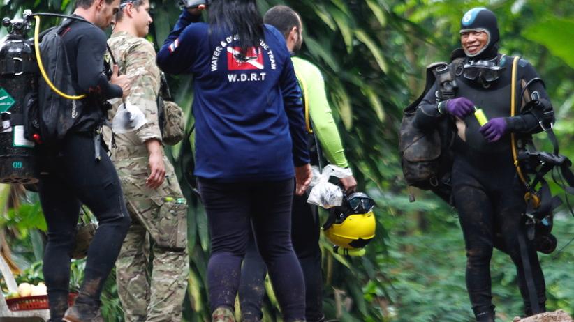 Tajlandia. Wydobycie nastolatków z jaskini może trwać miesiącami