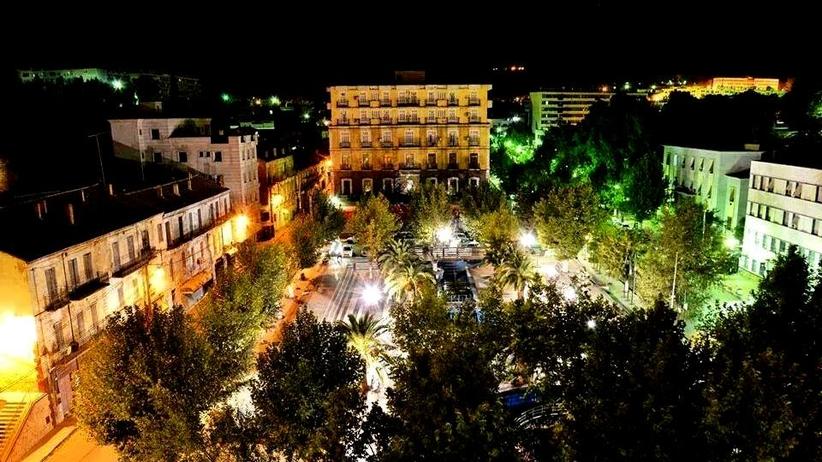 Algieria. Zamach samobójczy. Dwóch policjantów nie żyje