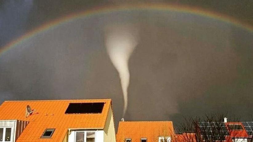 Tornado i tęcza: niecodzienny widok w Bawarii