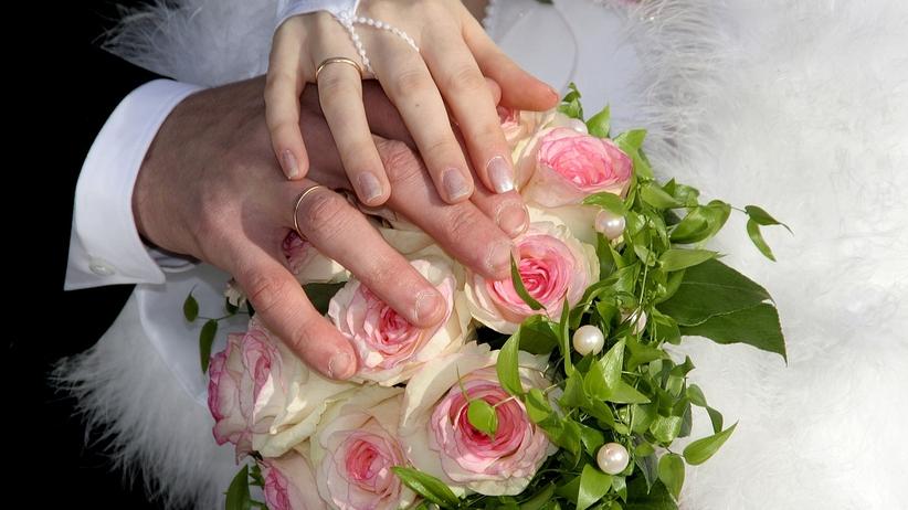 Tragedia na weselu. 23-letni pan młody nie żyje po ciosie nożem od ochroniarza
