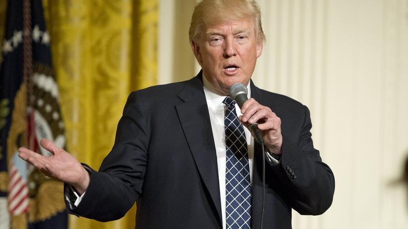 """Amerykański powrót do węgla? Trump podpisał dekret o """"niezależności energetycznej"""""""