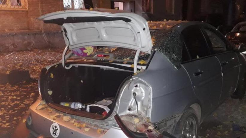 Eksplozja samochodu w Kijowie. Jedna ofiara śmiertelna