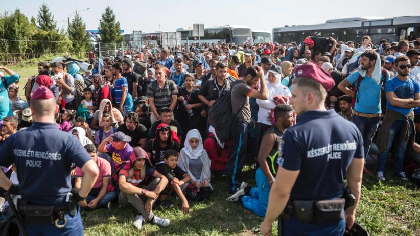 Unia Europejska wycofuje się z obowiązkowego podziału uchodźców. System okazał się klapą
