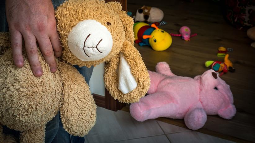 USA: Ojciec próbował sprzedać 4-letnią córkę pedofilom w internecie