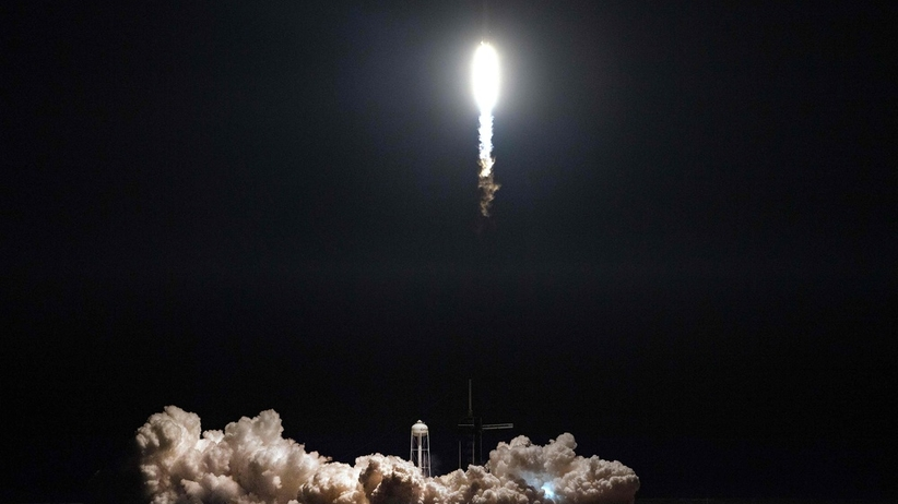 Kapsuła SpaceX dotarła na Międzynarodową Stację Kosmiczną