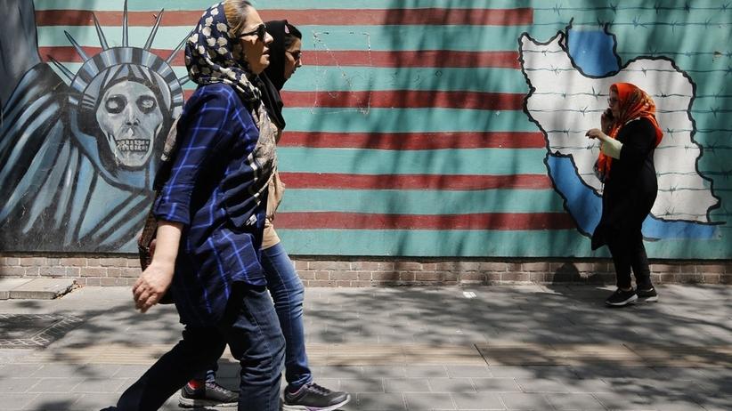 USA. Prezydent Donald Trump przestrzega przed handlem z Iranem