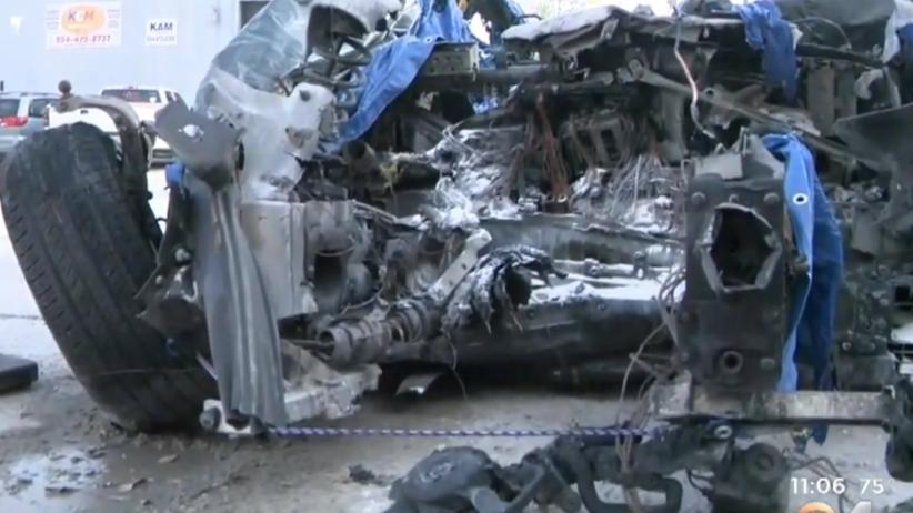 """Śmiertelny wypadek z udziałem Tesli. """"Kierowca zginął, pojazd zaczął płonąć"""" [WIDEO]"""
