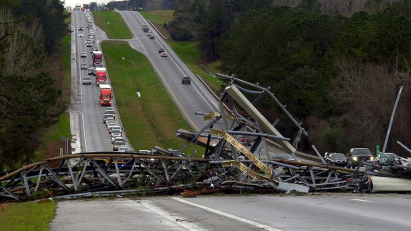 Ogromne tornado w Alabamie. Zginęły co najmniej 23 osoby
