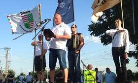 Nowy, skrajnie prawicowy ruch na Węgrzech. Używają określenia: naziści