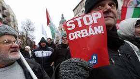 Węgry. Protesty przeciwko tzw. ustawie niewolniczej w Budapeszcie i mniejszych miastach