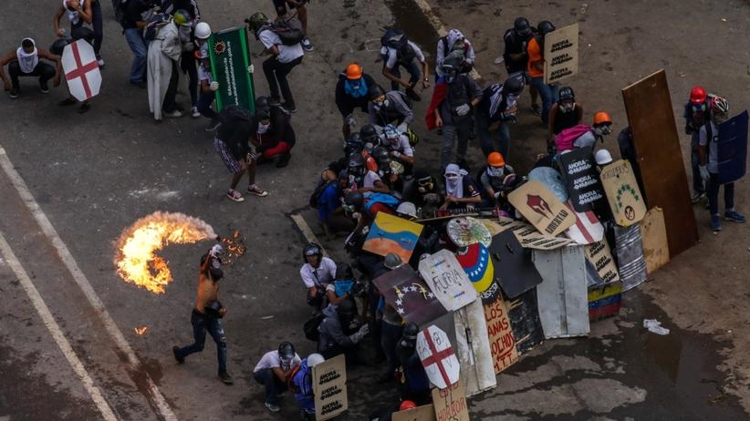 Kolejne ofiary krwawych starć z policją w Wenezueli