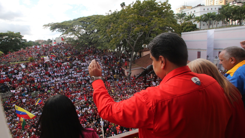 Wenezuela zrywa stosunki dyplomatyczne z USA. W kraju gigantyczne protesty [WIDEO]