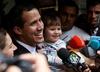 Guaido rośnie w siłę. Generał sił powietrznych uznał go za tymczasowego prezydenta