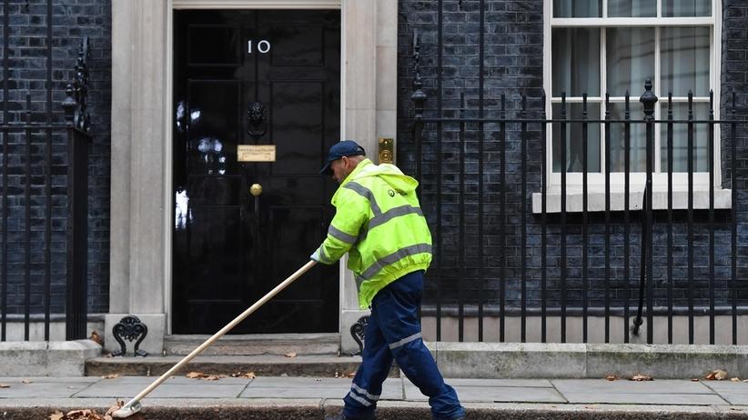 Porządki w rządzie Wielkiej Brytanii. Nowi ministrowie: ds. Brexitu oraz pracy i emerytur