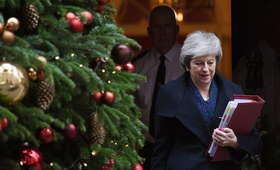 Wielka Brytania. Theresa May straciła/zachowała stanowisko